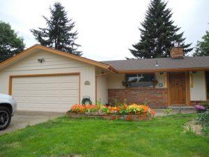 House with big garage